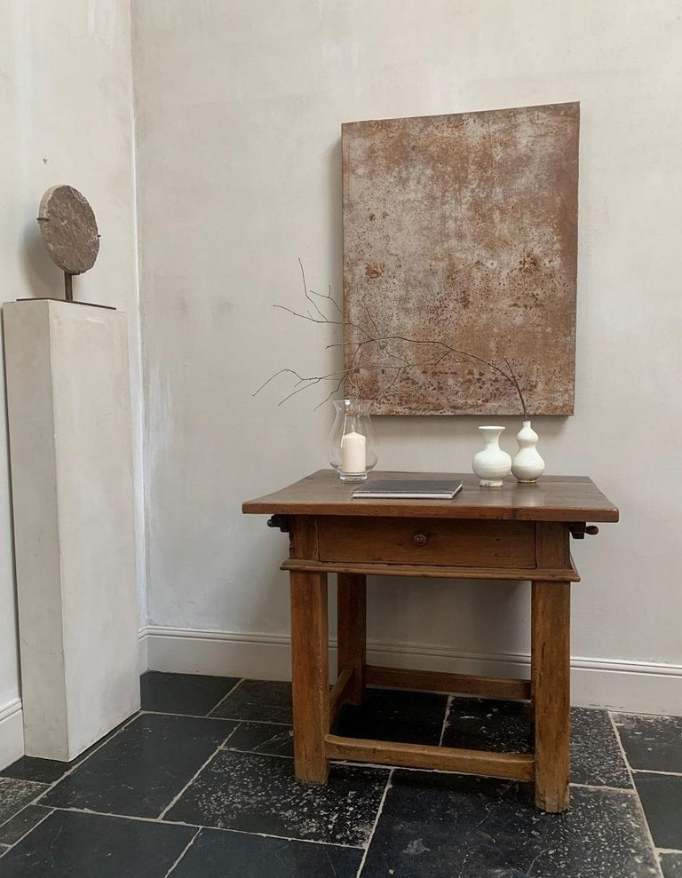 A well proportioned Italian early 18th century rent table. Tables like these were specifically used by landlords for rent collecting. Often the tables were taken from village to villlage. To accomodate this the tops were designed to be taken of