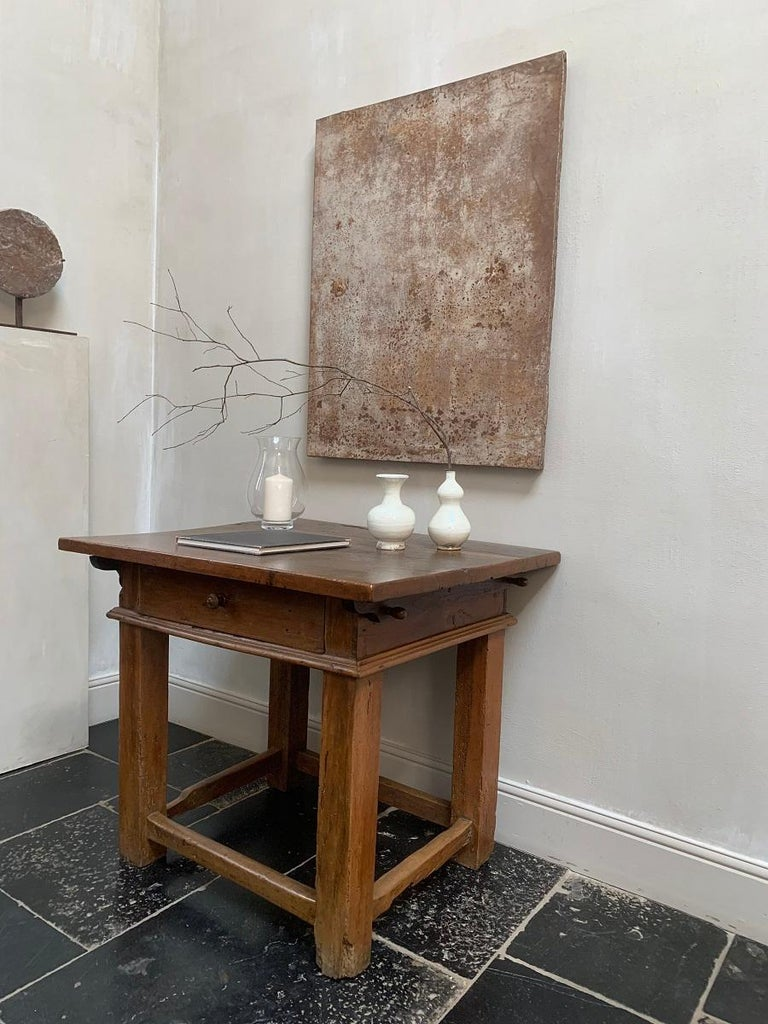 Hand-Crafted 18th Century Italian Side Table Rent Table For Sale