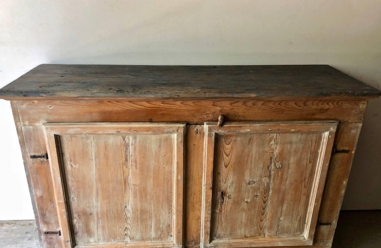 18th Century and Earlier 18th Century Italian Sideboard For Sale