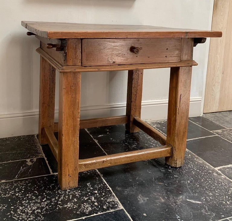 18th Century Italian Side Table Rent Table For Sale 1