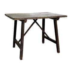 18th Century Italian Walnut Table