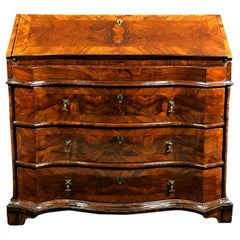 18th Century, Italian Walnut Wood Chest of Drawers with Secrétaire
