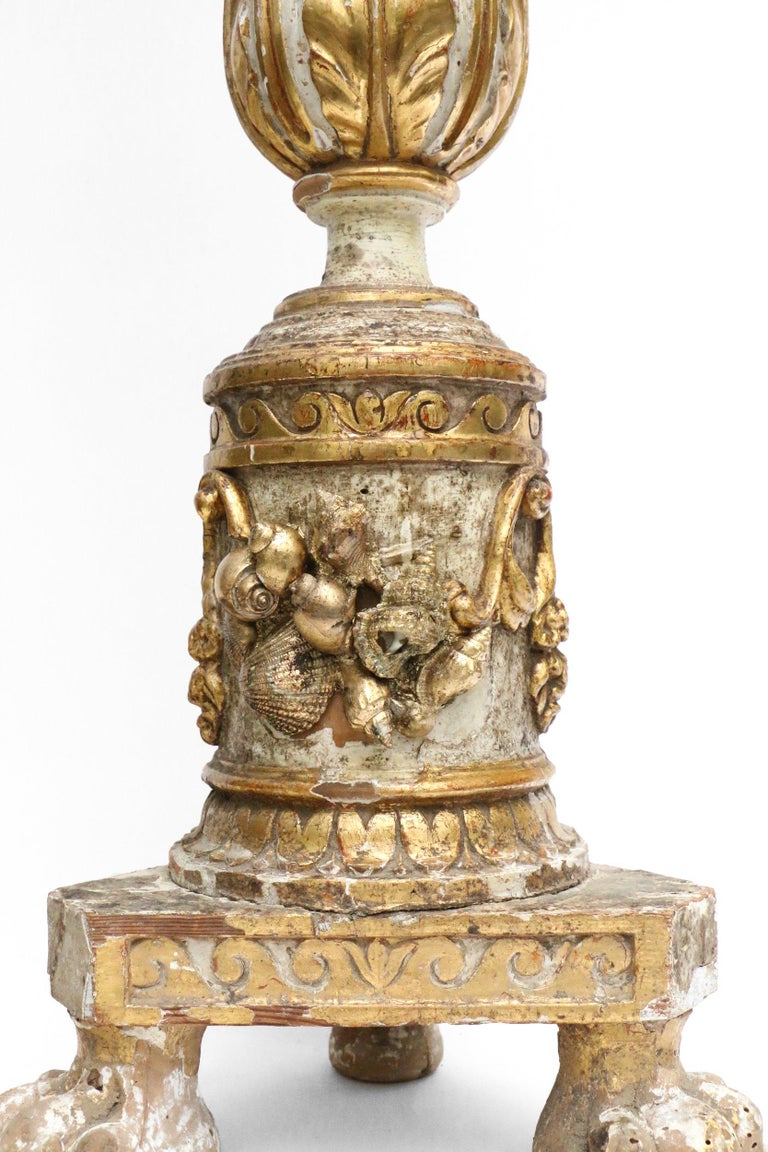 18th Century Italian Wood Candlestick Decorated with a Crystal and Shells For Sale 2