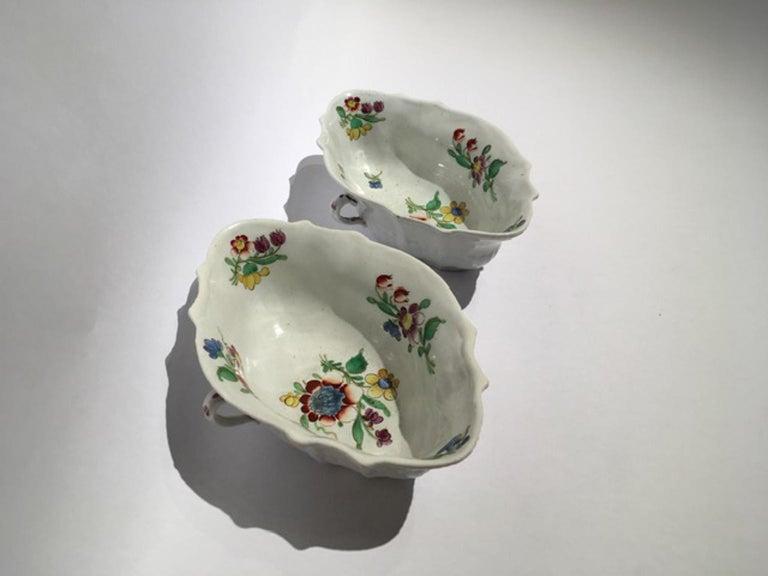 18th Century Italy Richiard Ginori Doccia Pair of Porcelain Sauce Bowls For Sale 5