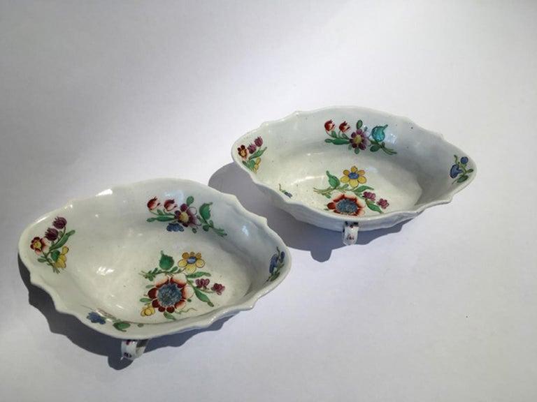 18th Century Italy Richiard Ginori Doccia Pair of Porcelain Sauce Bowls For Sale 6