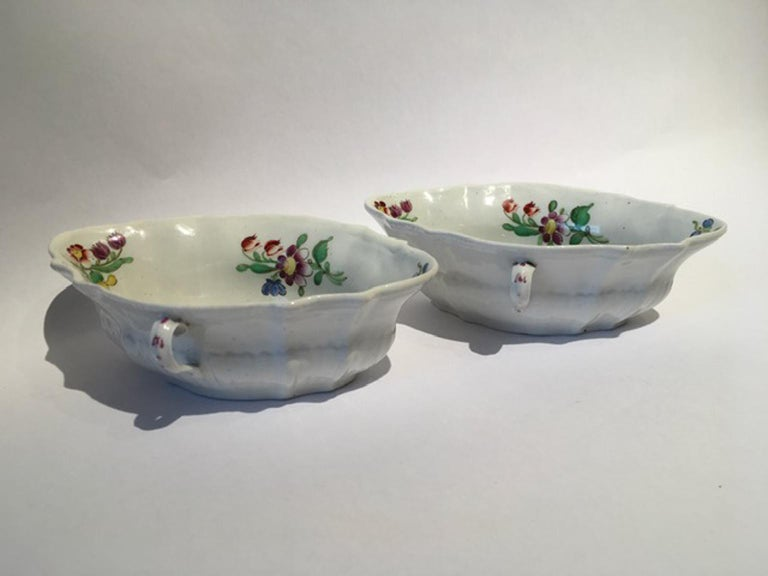 18th Century Italy Richiard Ginori Doccia Pair of Porcelain Sauce Bowls For Sale 7