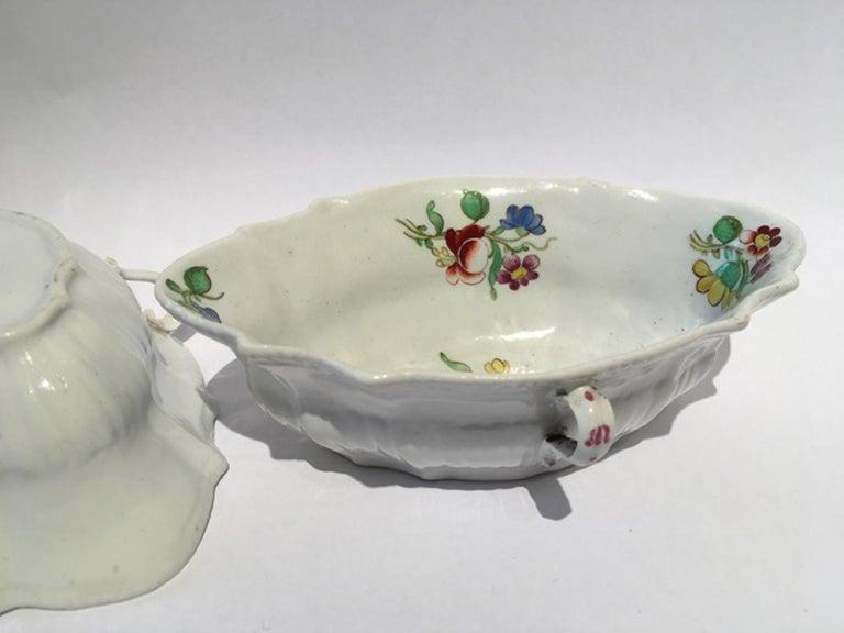 18th Century Italy Richiard Ginori Doccia Pair of Porcelain Sauce Bowls In Good Condition For Sale In Brescia, IT