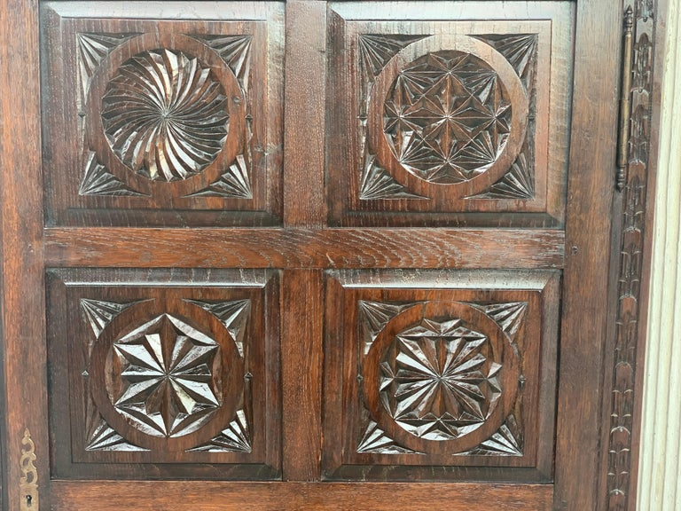 18th Century Kitchen Cabinet with One Door, Oak, Castalan Influence, Spain For Sale 4
