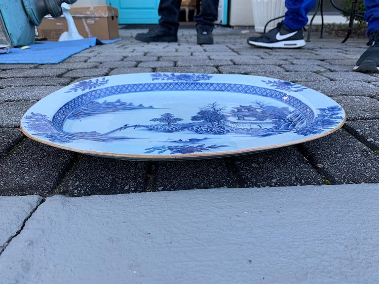 Porcelain 18th Century Large Chinese Blue and White Charger For Sale