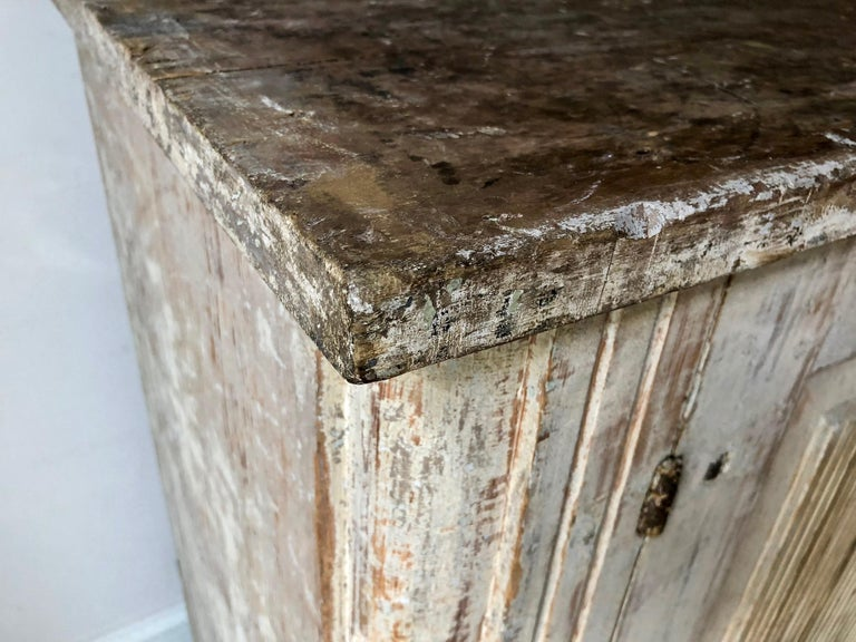 18th Century Large Swedish Period Gustavian Sideboard For Sale 1
