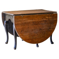 18th Century Late Baroque Drop-Leaf Table