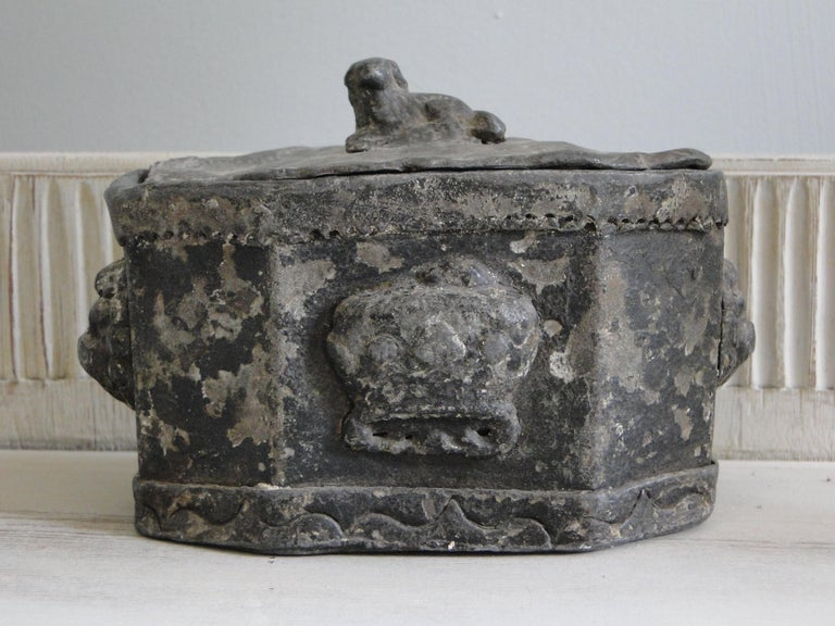18th Century Lead Tobacco Box For Sale 3