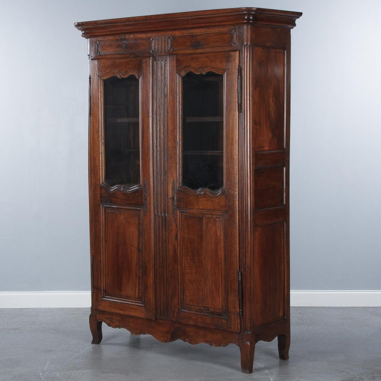 18th Century Louis XIV French Walnut Armoire or Vitrine For Sale 8