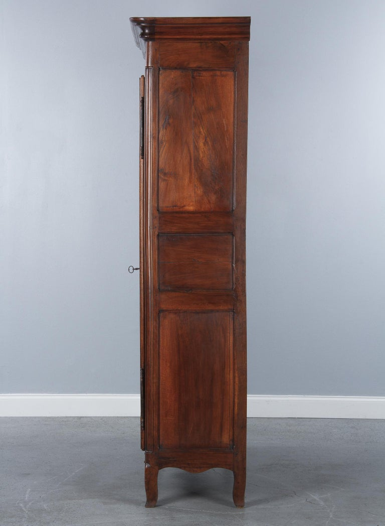 18th Century Louis XIV French Walnut Armoire or Vitrine For Sale 12
