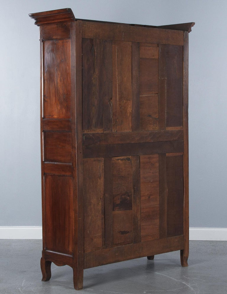 18th Century Louis XIV French Walnut Armoire or Vitrine For Sale 13