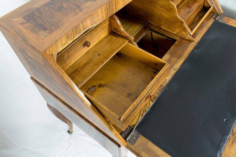 18th Century Louis XV Baroque Walnut Fall Front Desk/Secretaire  For Sale 5