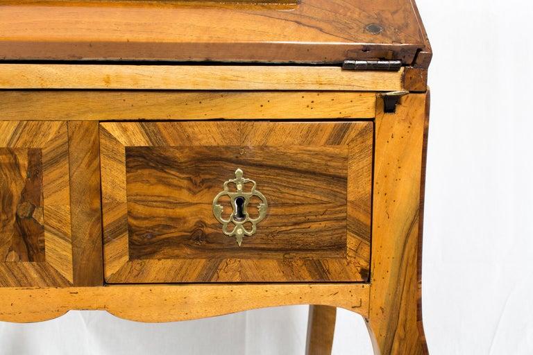 18th Century Louis XV Baroque Walnut Fall Front Desk/Secretaire  For Sale 9