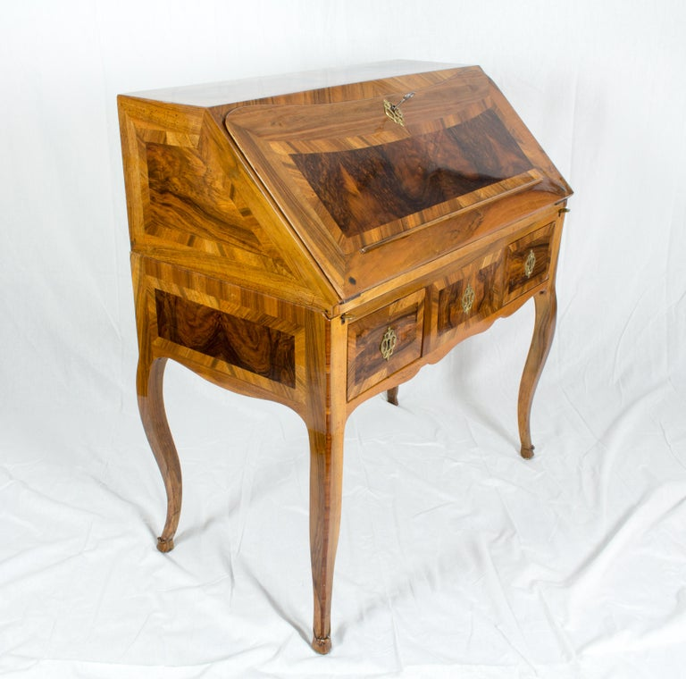 18th Century Louis XV Baroque Walnut Fall Front Desk/Secretaire  For Sale 11
