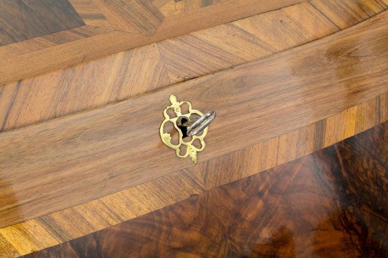 18th Century Louis XV Baroque Walnut Fall Front Desk/Secretaire  For Sale 2