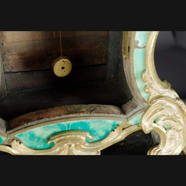 18th Century Louis XV French Bronze-Gilt Clock on Console For Sale 3
