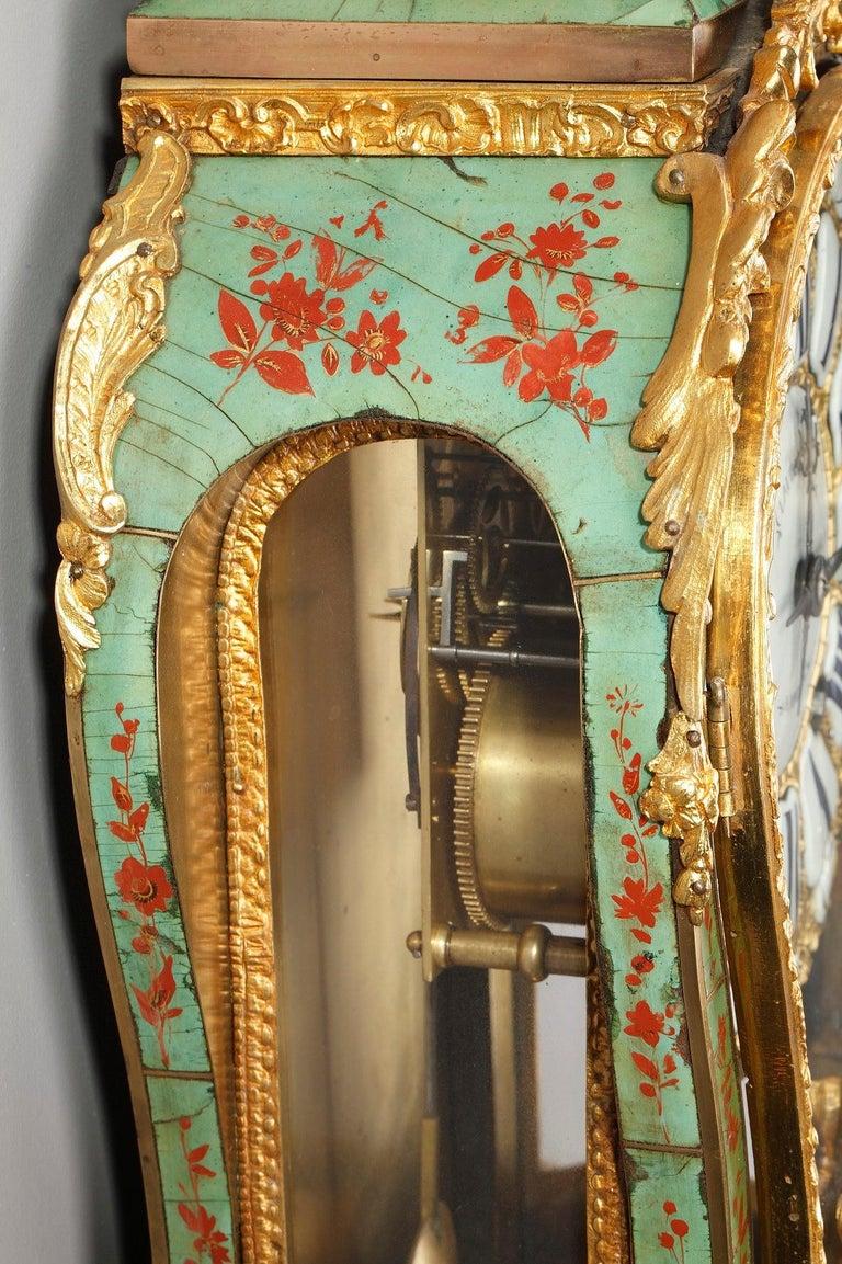 18th Century Louis XV Green Horn Cartel Clock For Sale 11