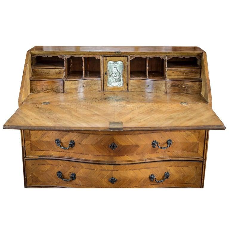 18th Century Louis XV Walnut Bureau Italian Genoese Drop-Front Desk For Sale 15