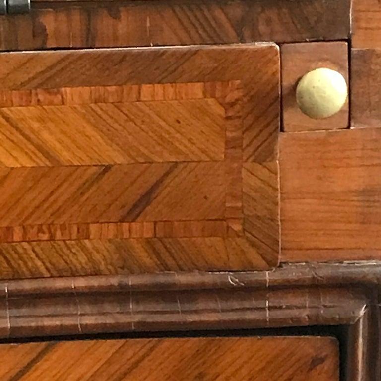 18th Century Louis XV Walnut Bureau Italian Genoese Drop-Front Desk For Sale 3