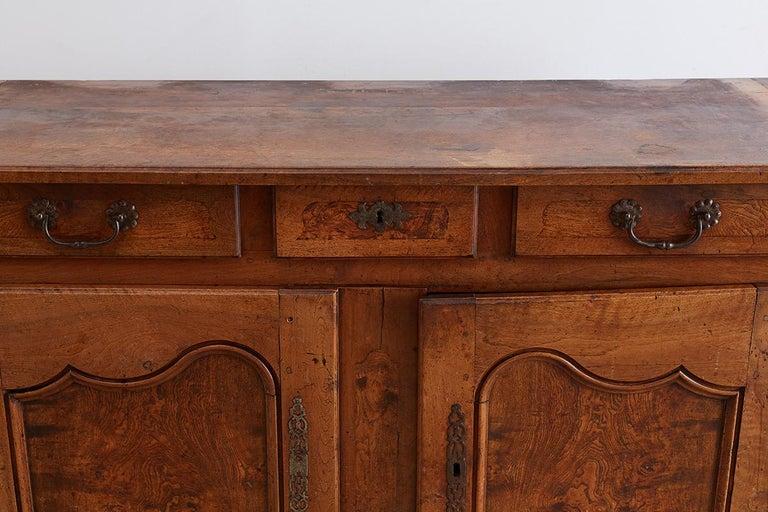 18th Century Louis XV Walnut Vaisselier Buffet Sideboard For Sale 10