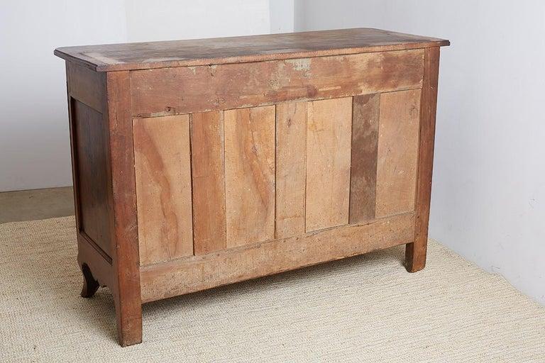18th Century Louis XV Walnut Vaisselier Buffet Sideboard For Sale 14