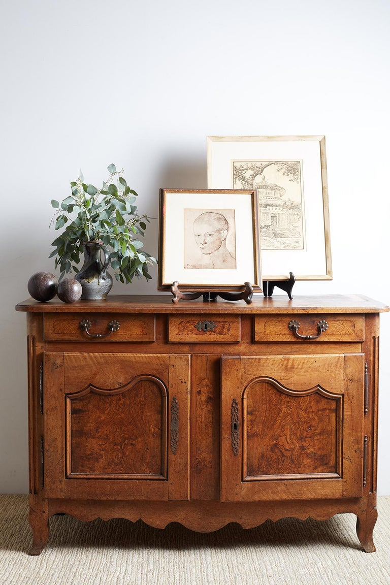 French 18th Century Louis XV Walnut Vaisselier Buffet Sideboard For Sale