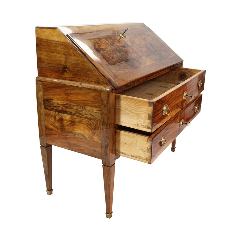 18th Century and Earlier 18th Century Louis XVI Baroque Walnut Fall Front Desk / Secretaire For Sale