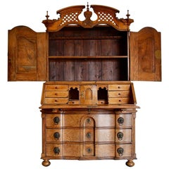 18th Century Louis XVI Bureau in Elm