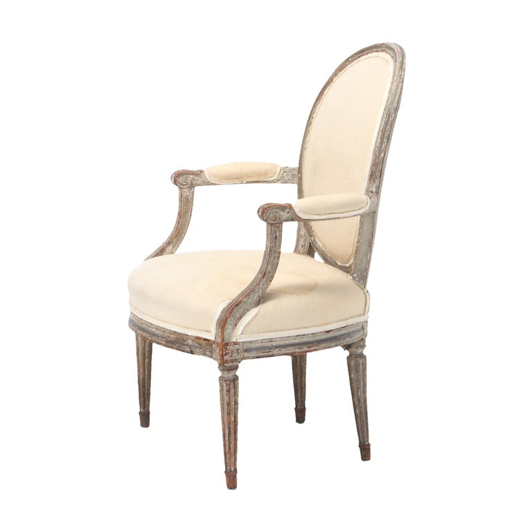 18th Century French Louis XVI Fauteuil In Good Condition For Sale In Chicago, IL