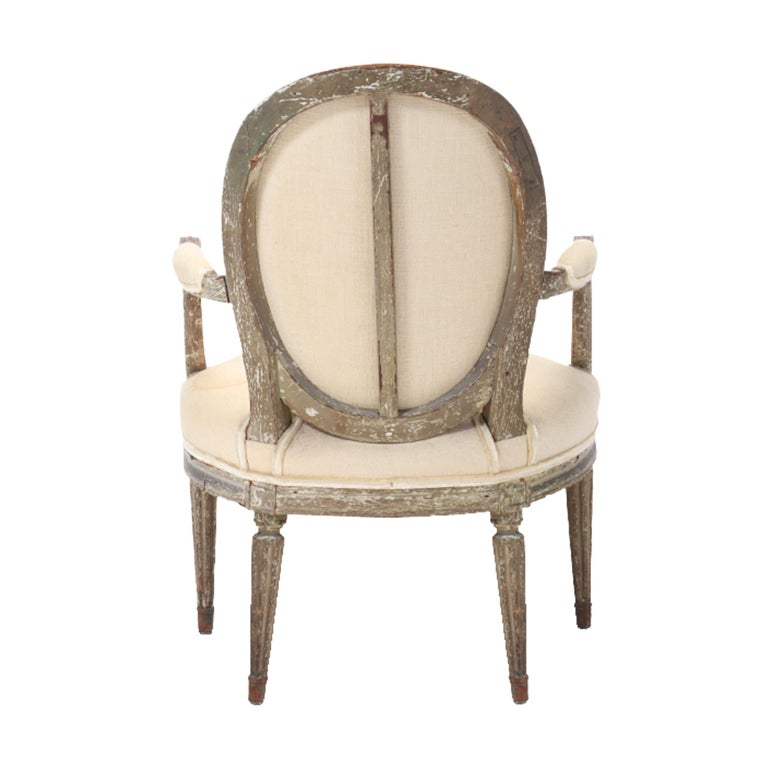 18th Century French Louis XVI Fauteuil For Sale 4