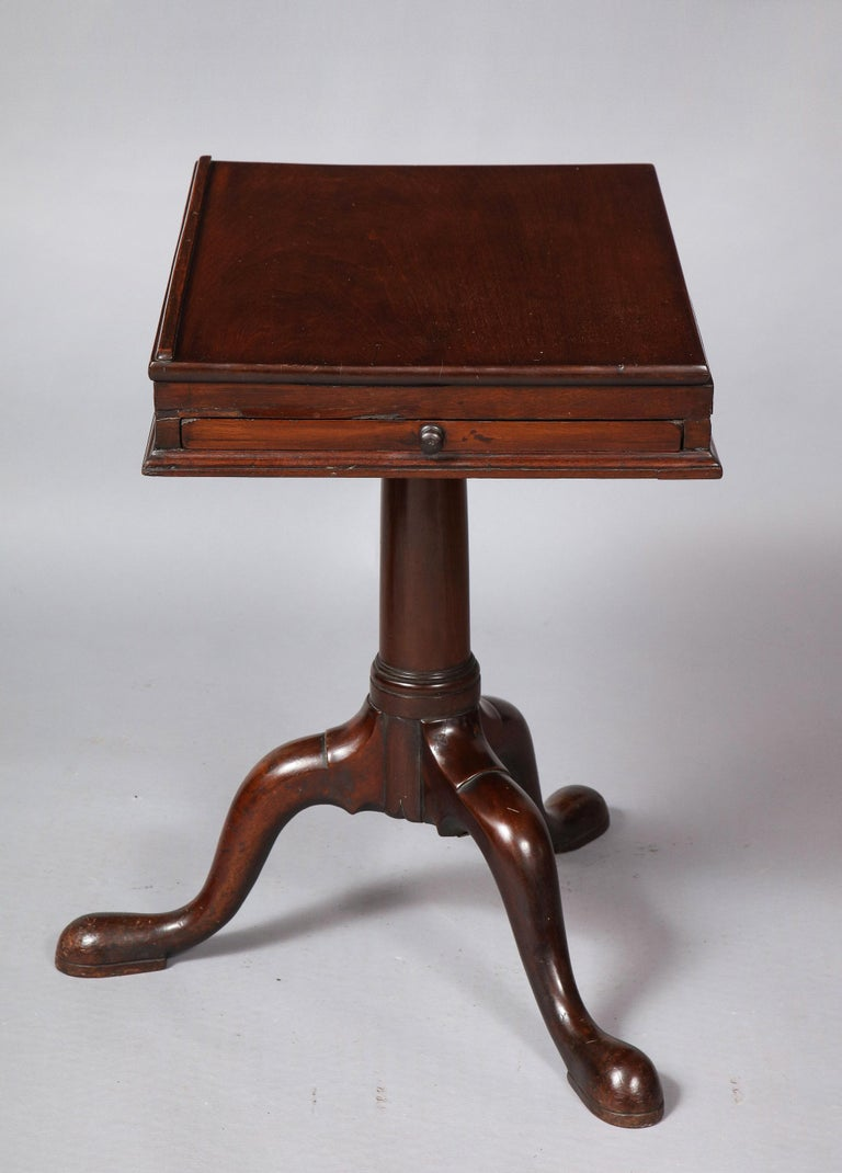 18th Century Mahogany Bookstand In Good Condition For Sale In New York, NY