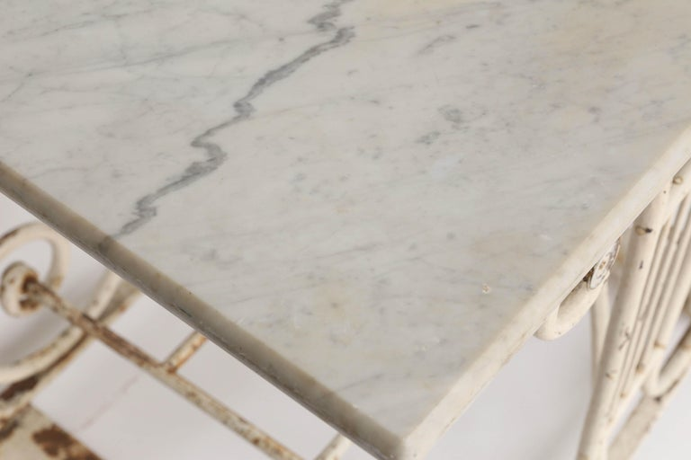 18th Century Marble and Iron French Butcher Table For Sale 4