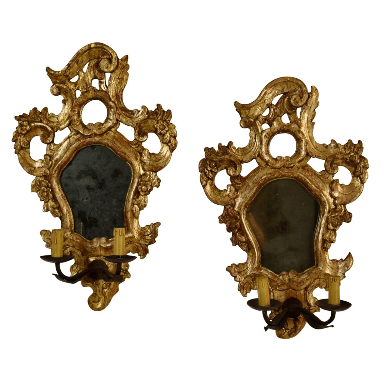18th Century, Mecca Giltwood Pair of Italian Louis XV Candle Wall Sconce