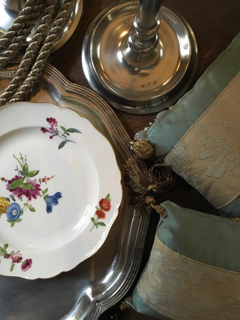 18th Century Meissen 12 Antique Floral Baroque Style Porcelain Dining Dishes For Sale 14