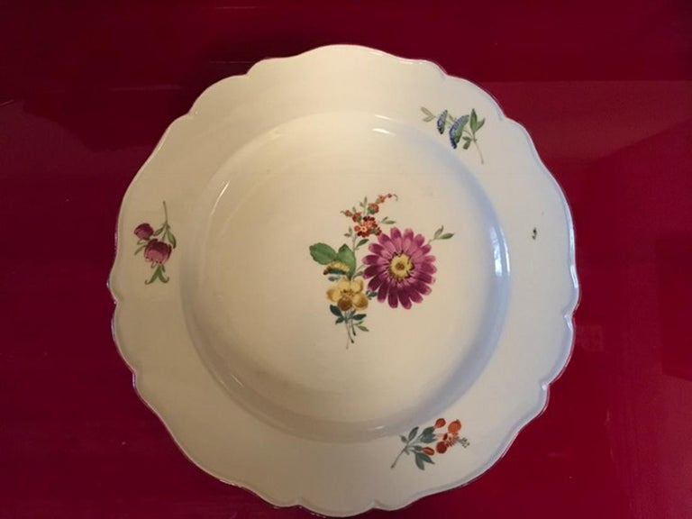 18th Century Meissen 12 Antique Floral Baroque Style Porcelain Dining Dishes For Sale 2