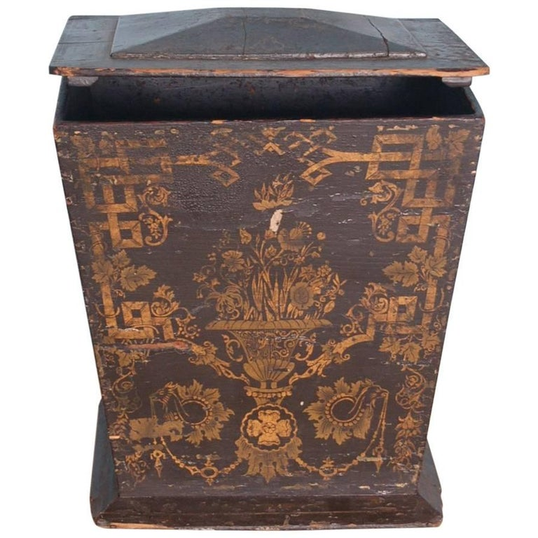 18th Century Neoclassical Gustavian Chinoiserie Container, Sweden, circa 1775 For Sale