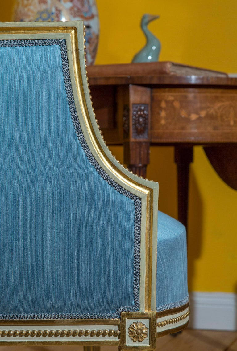 18th Century Neoclassical Pair of Cream Painted and Gilded Armchairs For Sale 3
