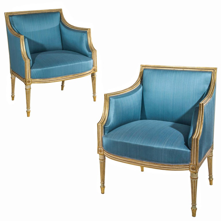 18th Century Neoclassical Pair of Cream Painted and Gilded Armchairs For Sale