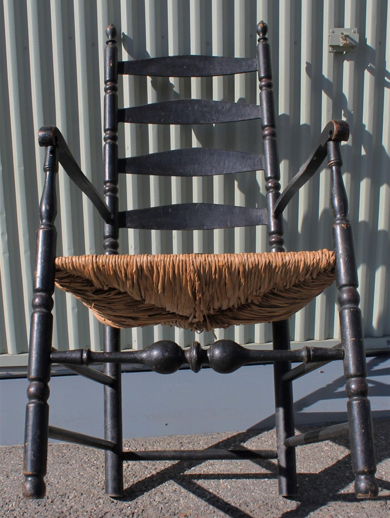 18th Century New England Ladderback Chair in Original Black Paint In Good Condition For Sale In Los Angeles, CA