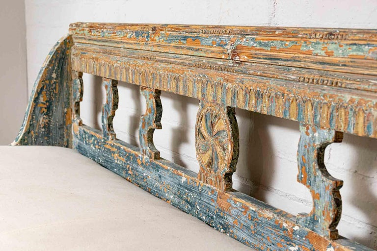 Painted 18th Century Norwegian Storage Bench with Carved Back Detail and Original Paint For Sale