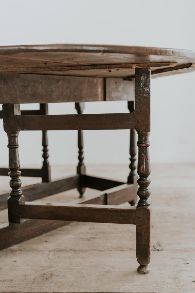 18th Century Oak Gateleg Table For Sale 8