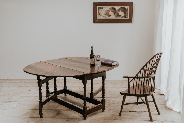 18th Century Oak Gateleg Table For Sale 9