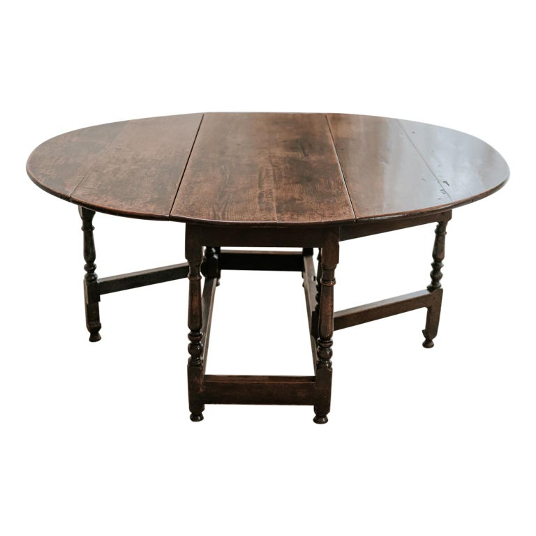 18th Century Oak Gateleg Table For Sale