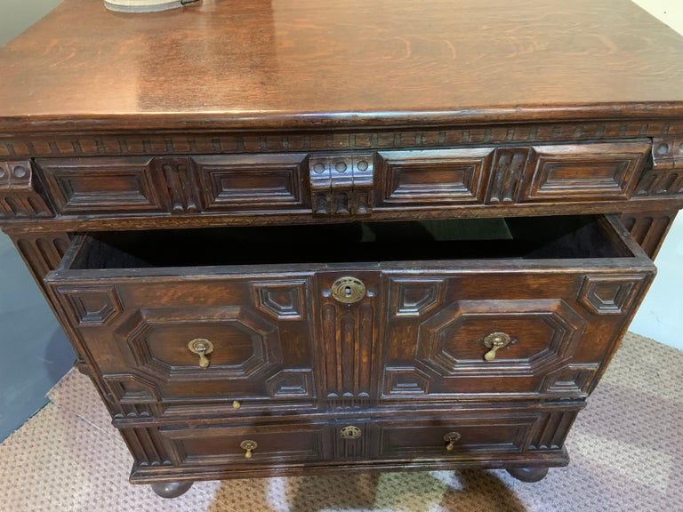 English 18th Century Oak Geometric Chest of Drawers For Sale