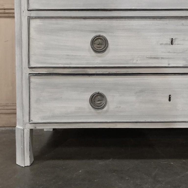 18th Century Painted Swedish Chest of Drawers For Sale 5