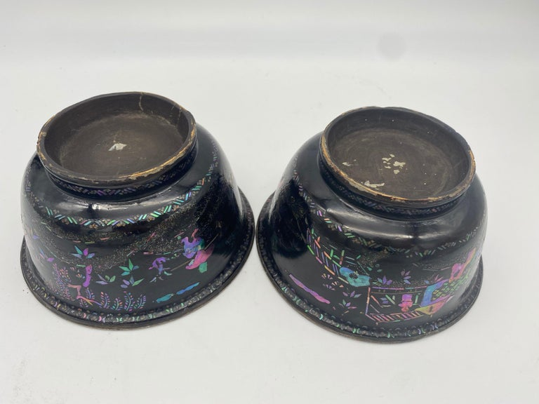 18th Century Pair of Chinese Silver Lacquer Bowls with Mother of Pearl Inlaid For Sale 4